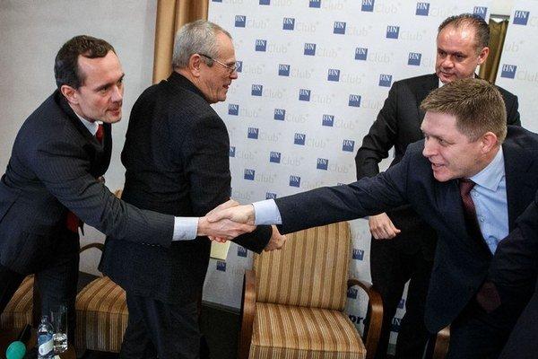 Od ľavičiara ku konzervatívcovi. Radoslav Procházka berie  voličov Robertovi Ficovi.