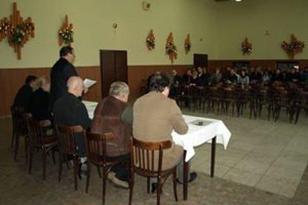 Cigeľčania v nej vyjadrili svoj nesúhlas s rozšírením ťažby v lome Košariská.