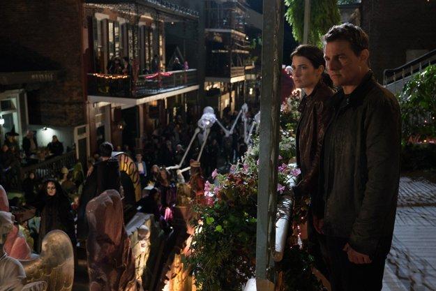 Filmová novinka Jack Reacher: Nevracaj sa (2016), ktorý je práve v kinách, je už druhým sfilmovaným príbehom z úspešnej knižnej série spisovateľa Lee Childa, v ktorej si bývalého vojenského policajta zahral Tom Cruise.