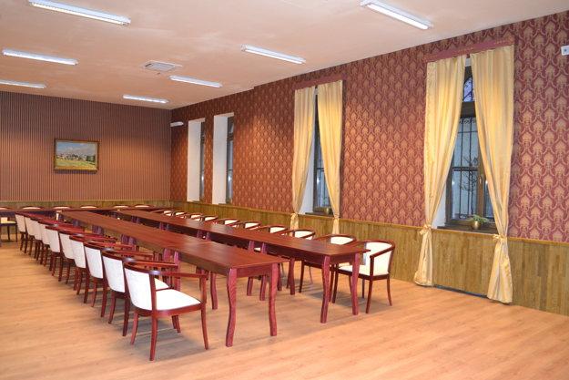 Interiér zariadili v historickom štýle.