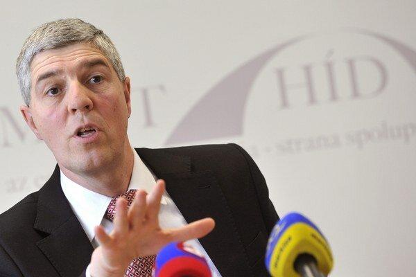 Predseda strany Most-Híd Béla Bugár po zasadnutí republikovej rady.