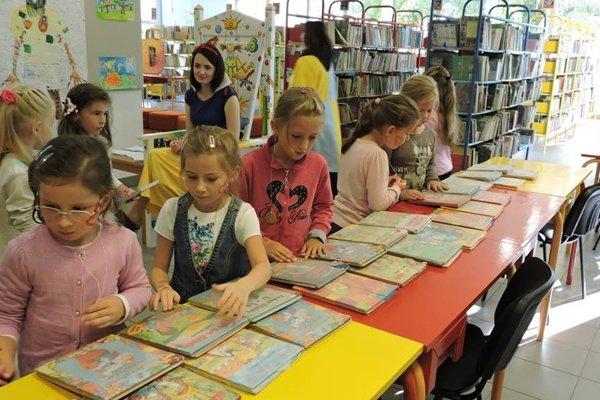 Deťom predstavili kysucké rozprávkové kráľovstvo.