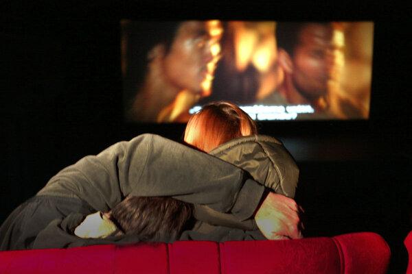 Správanie niektorých divákov môže obťažovať iných, povedali si v žiarskom kine a zaviedli nové pravidlá.
