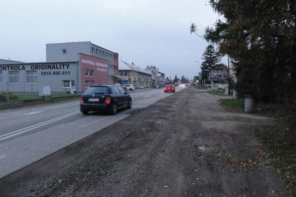 Cesta I/64 v Partizánskom.