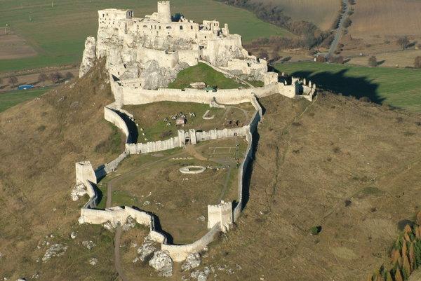 Spišský hrad. Jedna z najvýznamnejších pamiatok v kraji.