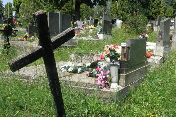 Prievidzský cintorín má už dva roky aj svoju virtuálnu podobu na internete.