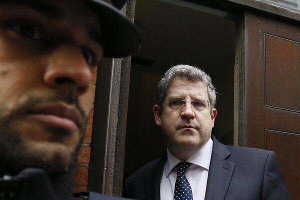 Po siedmich rokoch odíde do výslužby doterajší šéf MI5 Andrew Parker.