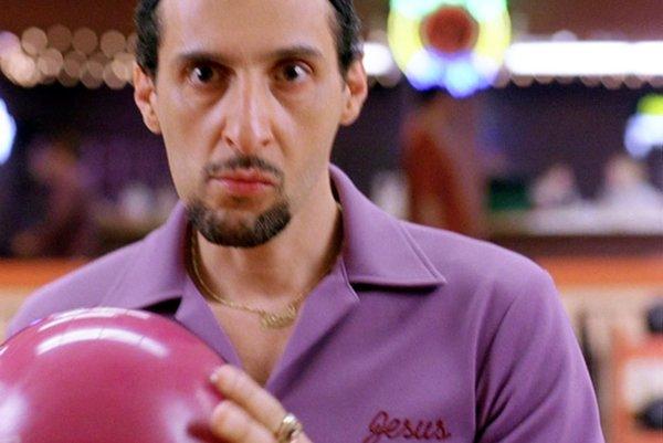 John Torturro ako Jesus Quintana vo filme Big Lebowski.