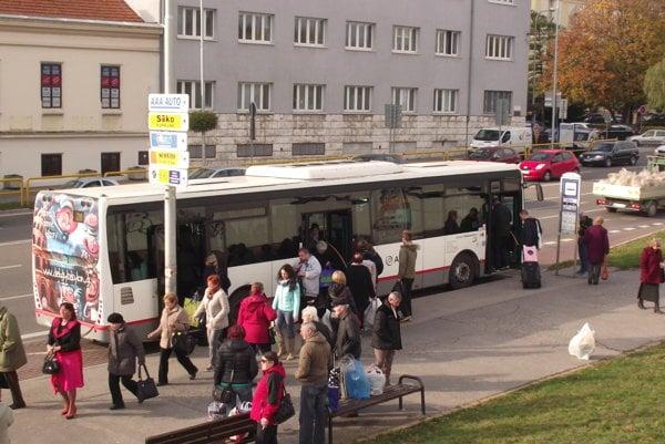 Mesto predĺži zmluvu na prevádzkovanie MHD, ktorú má s Arrivou.