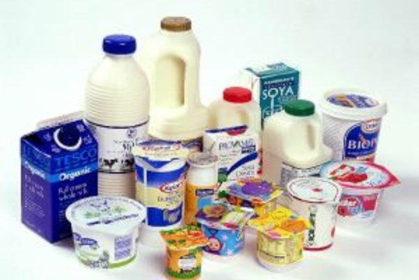 Probiotiká sa prirodzene nachádzajú v mlieku a nepasterizovaných mliečnych výrobkoch. V súčasnosti sa však mliečne výrobky pasterizujú, aby neboli zdrojom nákazy, a tak sa do nich probiotiká pridávajú umelo.