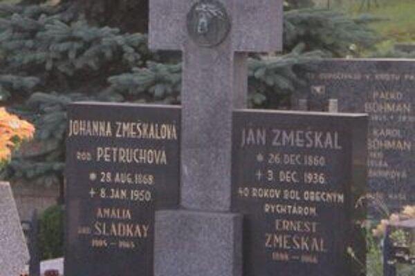 Pomník Jána Zmeškala.