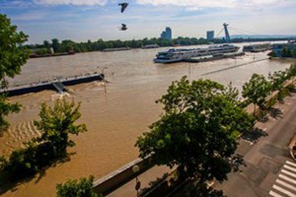 Dunaj vo štvrtok poobede.