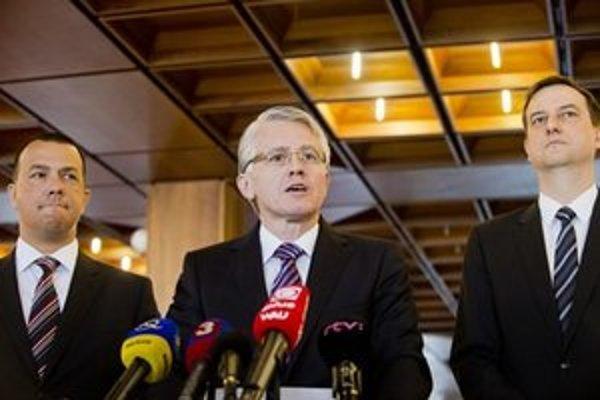 Jozef Kollár, Daniel Krajcer a Juraj Miškov majú Liberálnu dohodu.