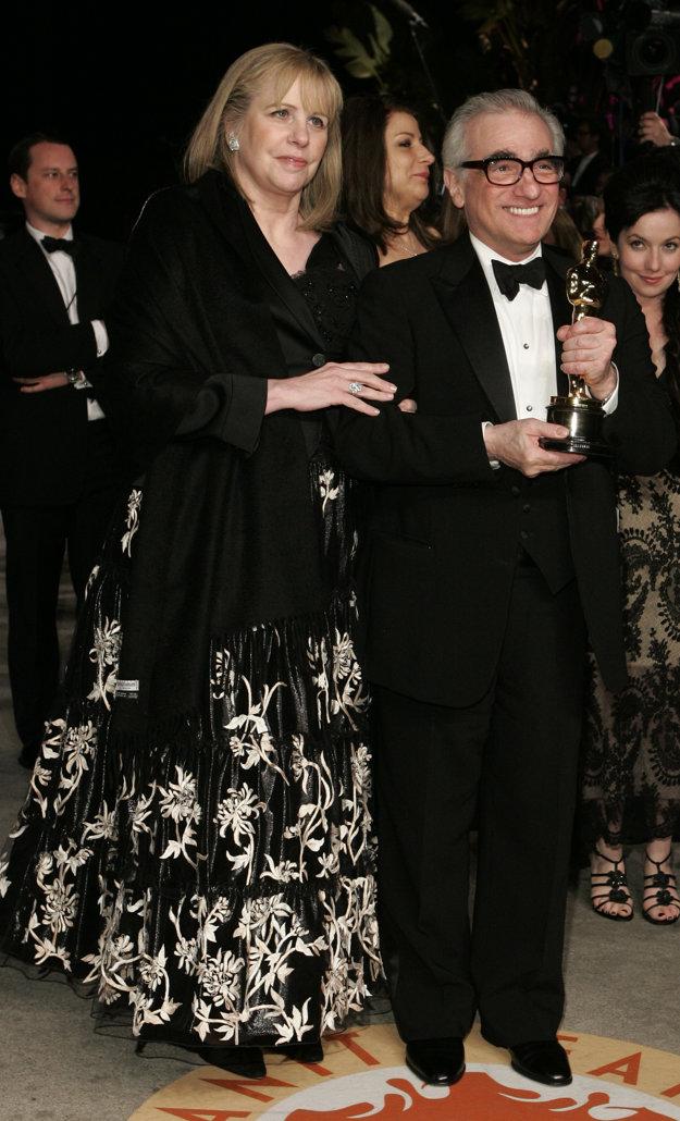 S piatou manželkou Hellen Moris