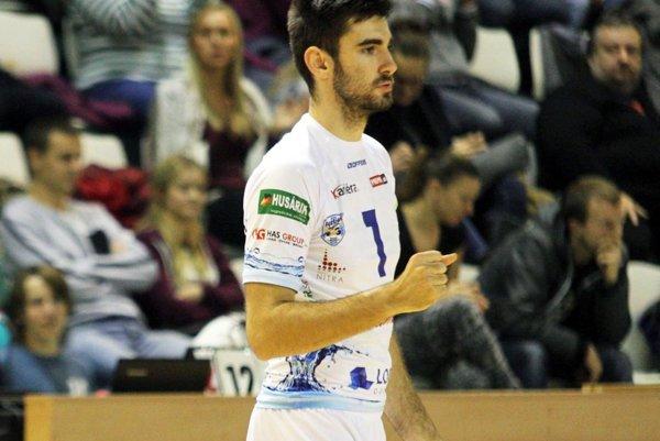 Blokár Marek Ludha sa v sobotu tešil so svojimi spoluhráčmi z ďalšieho skalpu rivala z Prešova.