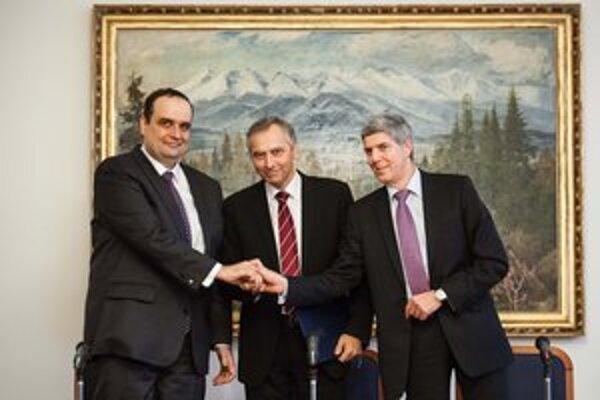 Béla Bugár by bol najradšej, keby sa opozícia na kandidátovi dohodla ešte v januári.