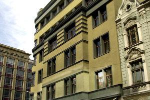 Budova Eximbanky.