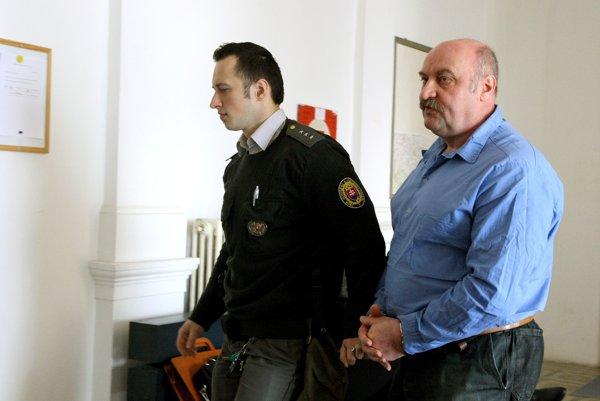 """Mikuláš Vareha. Momentálne """"sedí"""" vsabinovskej väznici."""