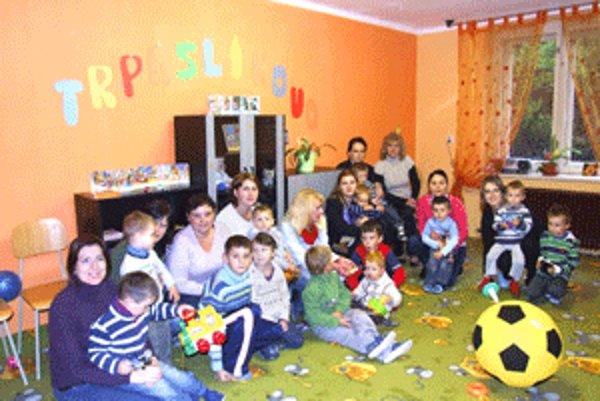 Mamičky s deťmi už trávia voľný čas v Trpaslíkove.