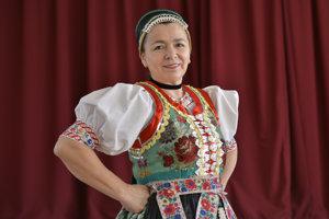 Vedúca Folklórneho súboru Záborský Mária Germušková.