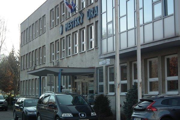 Mestský úrad v Dubnici nad Váhom.