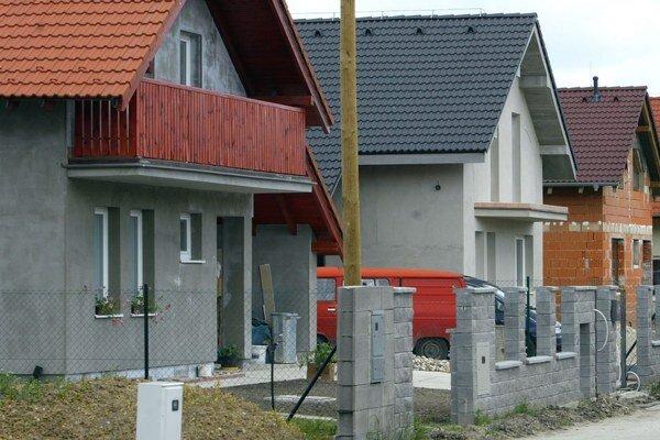 Súčasný program pre rodinné domy zo ŠFRB sa neujal.