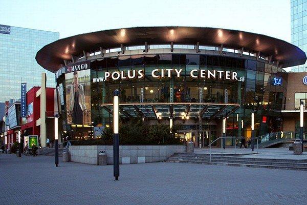 Polus City Center otvorili 22.novembra 2000. Dnes prechádza ďalšími zmenami.