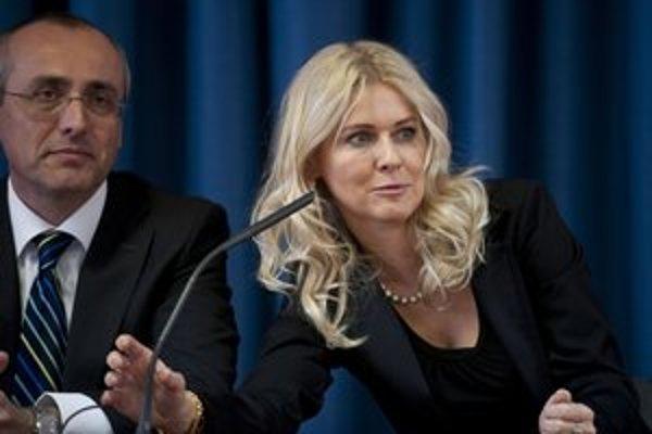 Minister Tomáš Borec mal byť pri rokovaniach v úzadí. Novelu vraj riešila Monika Jankovská.