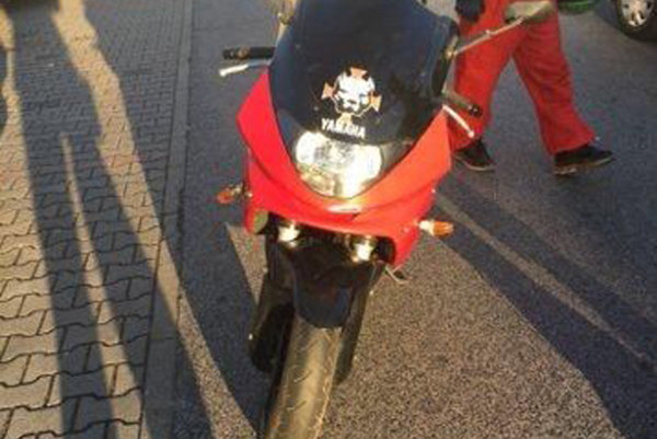 Po motocykli je vyhlásené medzinárodné pátranie.