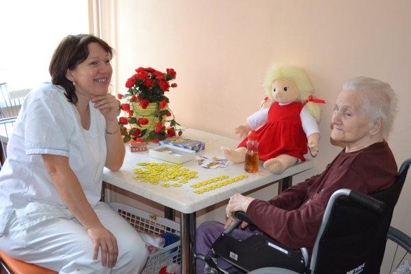 Pomoc pôjde zdravotne postihnutým, ale aj ľuďom v núdzi. Ilustračné foto.