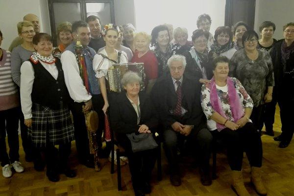 Spoločná fotografia Kysučanov vo Valašskom Meziřičí.