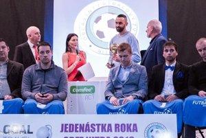 Titul Futbalista roka 2016 si za svoje výkony vyslúžil útočník Ivanky Martin Pagáč.