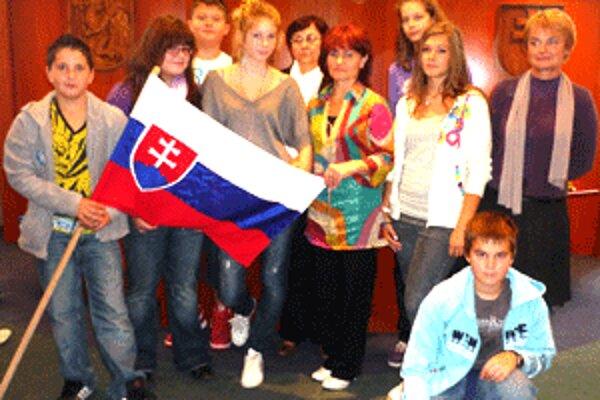 Prievidzskí školáci spolupracujú s rovesníkmi zo zahraničia.