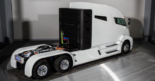 Ťahač Nikola One využíva na pohon vodíkové palivové články