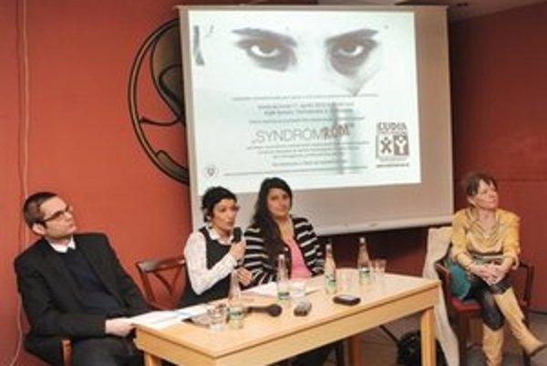 """Ľudia proti rasizmu predstavili celoslovenskú mediálnu kampaň s názvom """" Syndróm Róm """"."""