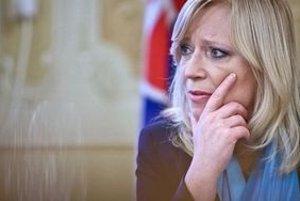 Premiérka Radičová sa obáva, že protesty budú ešte násilnejšie.