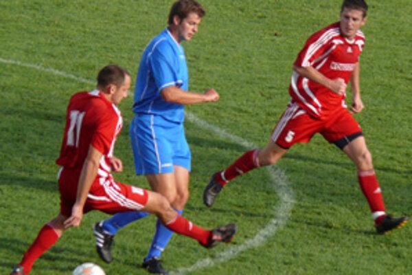 Prievidžan Milan Šnirc (vpravo) strelil víťazný gól Ludaníc už v druhom súboji po sebe.
