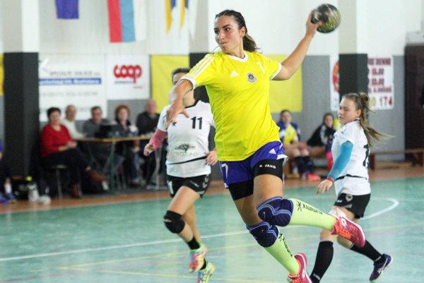 Ženy Močenka porazili Sereď 34:24. Strelecký apetít mala najmä Nikoleta Krokavecová, autorka 13 gólov.