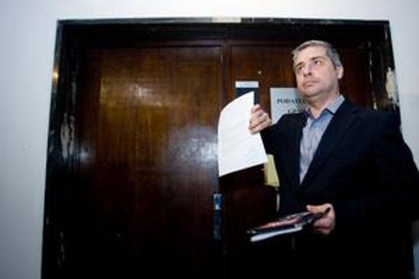 Sponzor 99 percent Ivan Weiss na Generálnej prokuratúre.