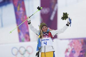 Švédska akrobatická lyžiarka Anna Holmlundová.