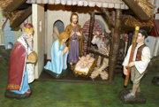 Centrálne postavy - Ježiška, Máriu a Jozefa musel reštaurátor nanovo vyrobiť.