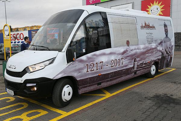 Nový skalický autobus.