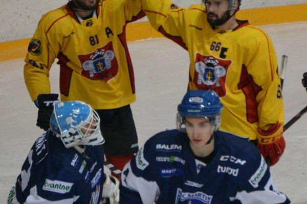 Ľuboš Dobrý (vľavo) dosiahol v domácom zápase hetrik.