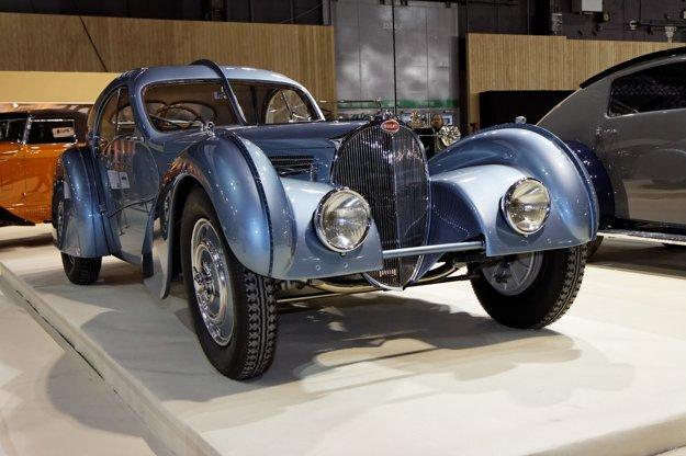 V roku 2011 sa jeden z dvoch dochovaných exemplárov Bugatti 57 SC Atlantic dostalo do zbierky svetoznámeho zberateľa, Petra Mullina.