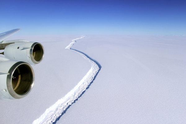Trhlina v ľadovci Larsen C.