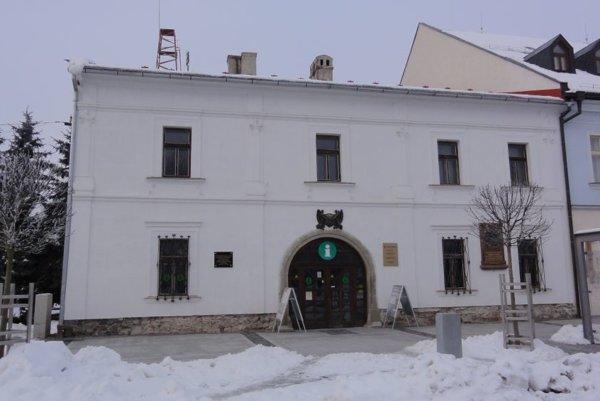 Výstava v Starej radnici potrvá do konca mesiaca.