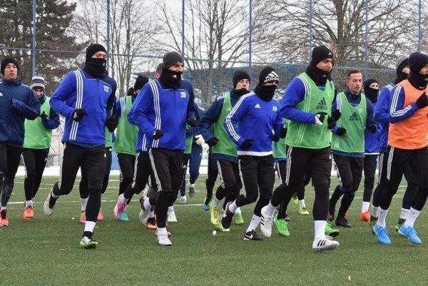 Futbalisti MFK Zemplín začali s prípravou na jarnú časť ligy.