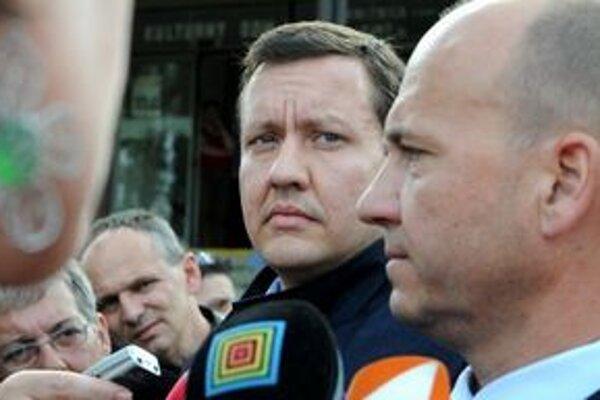 Minister vnútra Daniel Lipšic s policajným prezidentom Jaroslavom Spišiakom.