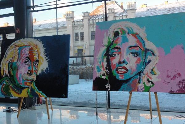 Albert Einstein a Marilyn Monroe majú 150 x 200 cm.