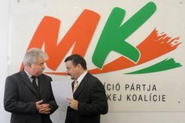 Ján Fuzik (vľavo) a predseda SMK József Berényi.